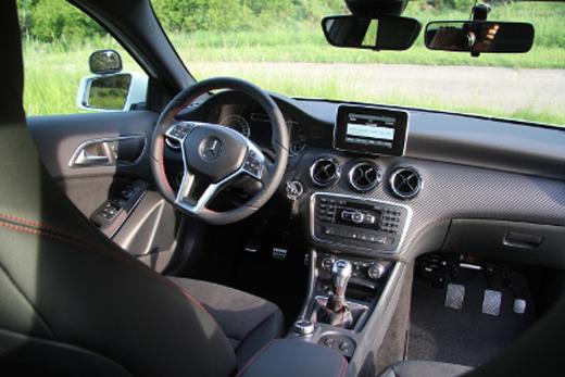 Mercedes-GLA-1