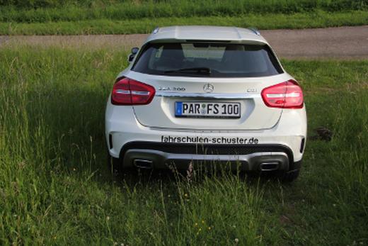 Mercedes-GLA-3